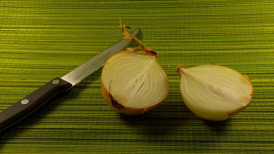 cooking food hilf of onion knife vegetable