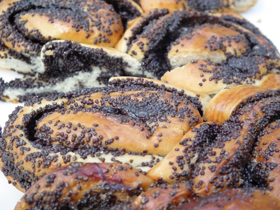 sweet pastry with poppy seeds
