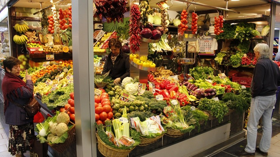 counter with bright vegetables on the market