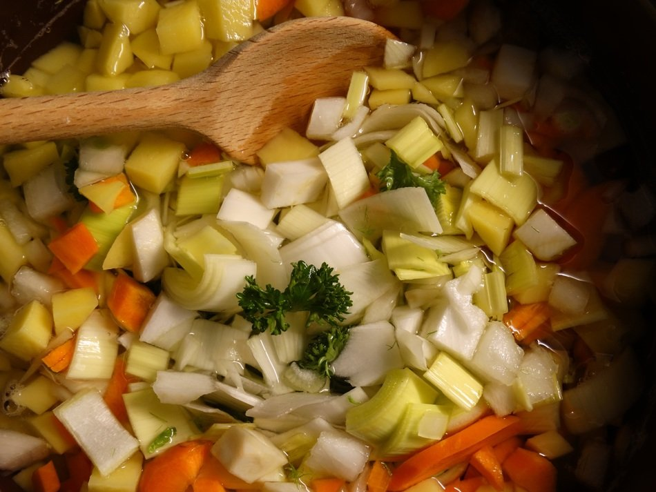 vegetables soup cooking