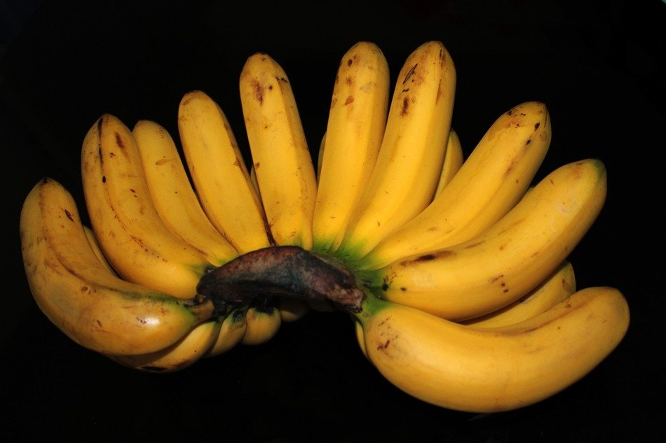 banana vitamins fruit