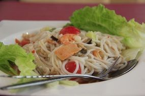 seafood with noodles, thai cuisine