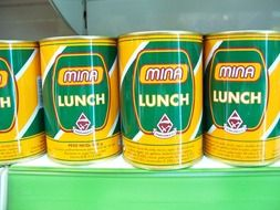 universal canned food for lunch