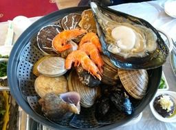 Grilled shellfish on the plate