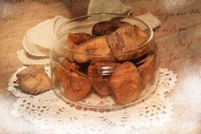 dried figs in a glass jar