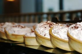 tartlets with whipped cream