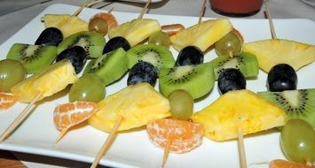 Fruits on a skewers