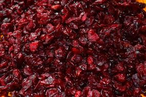 dried red cranberries