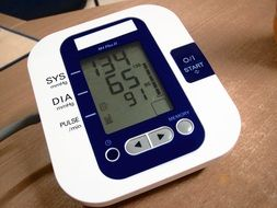 blood pressure gauge pulse