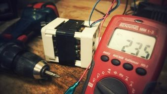 electric component current digital