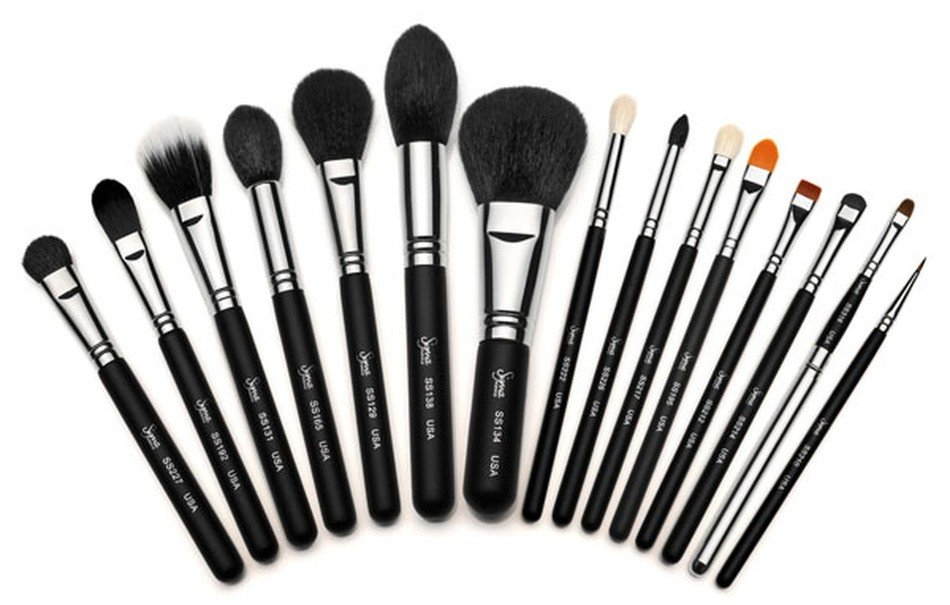 makeup brushes by Sigma