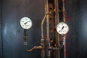 pressure gauge on stainless pipes
