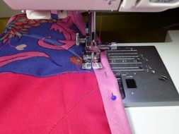sewing machine binding quilt