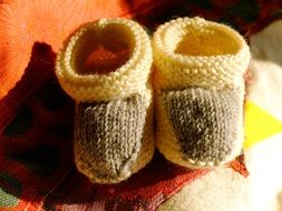 woollen knitted baby shoes