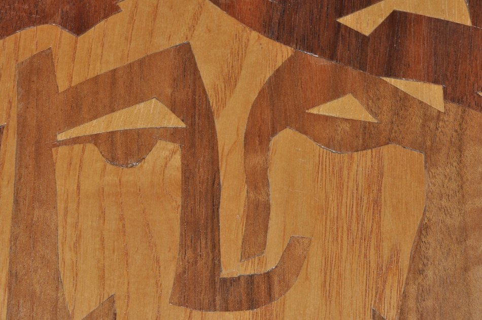 arts wood face drawing