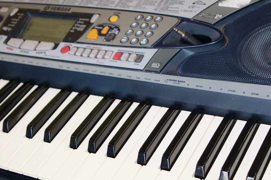 electronic piano keys