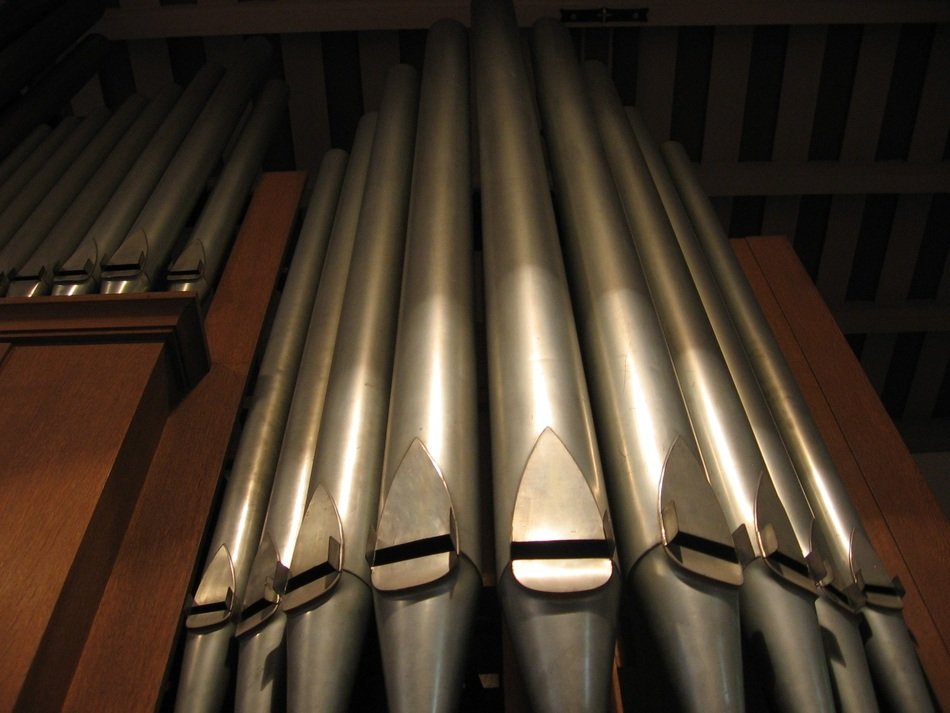 Music of church organ