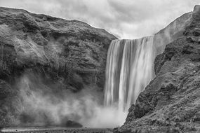 Black and white photo of the waterfall in the iceland