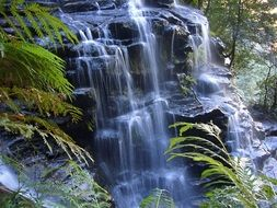 waterfall in blue mountains
