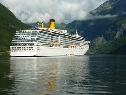 ship cruise norway