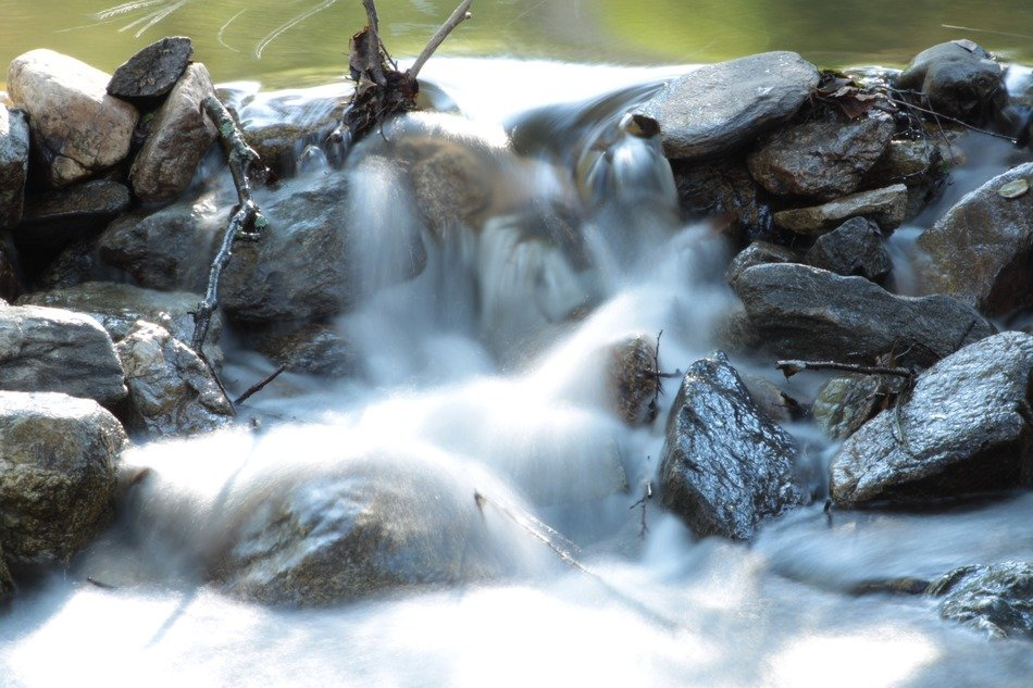 Rocks in the river with waterfalls