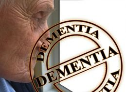 care dementia woman old age