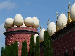 Dali museum with the eggs on the top