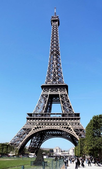 the eiffel tower france