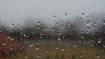 raind drops on glass surface