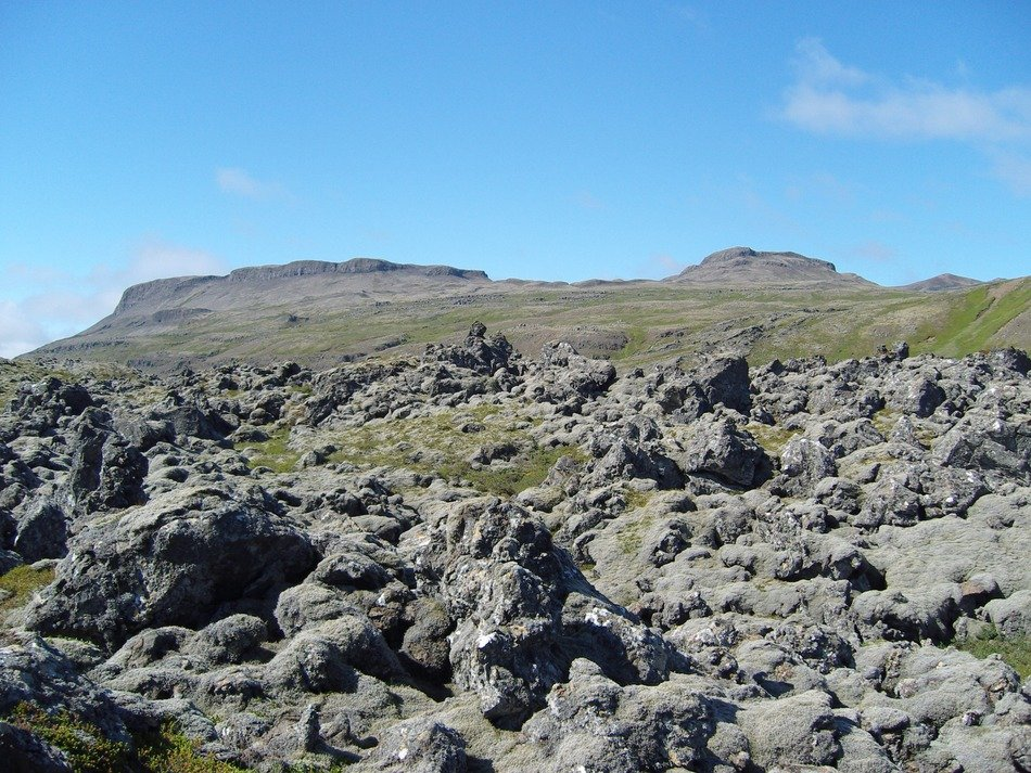 volcanic rock in iceland