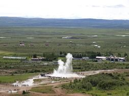 spaying geyser in iceland