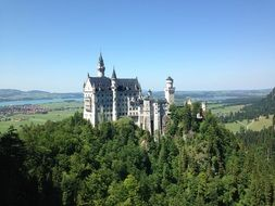 beautiful neuschwanstein castle bavaria