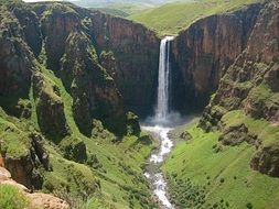 beautiful picturesque maletsunyane falls