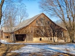 wooden barn on a farm in pennsylvania