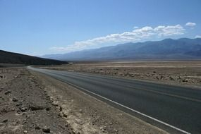 endless road in death valley in US