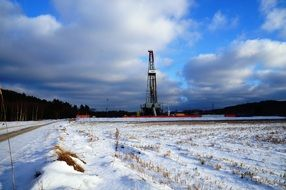 natural gas search rig in the winter field