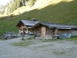 Mountain hut in the Dieter Seebach Valley