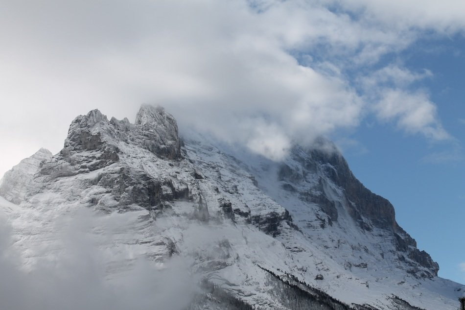 eiger mountain clouds