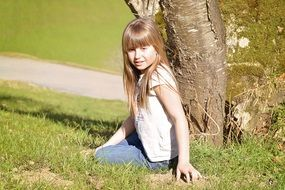 child girl blond hair portrait