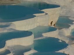 mountains of lime in pamukkale