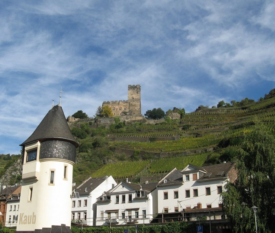 Photo of the castle in Rhine Gorge, Germany