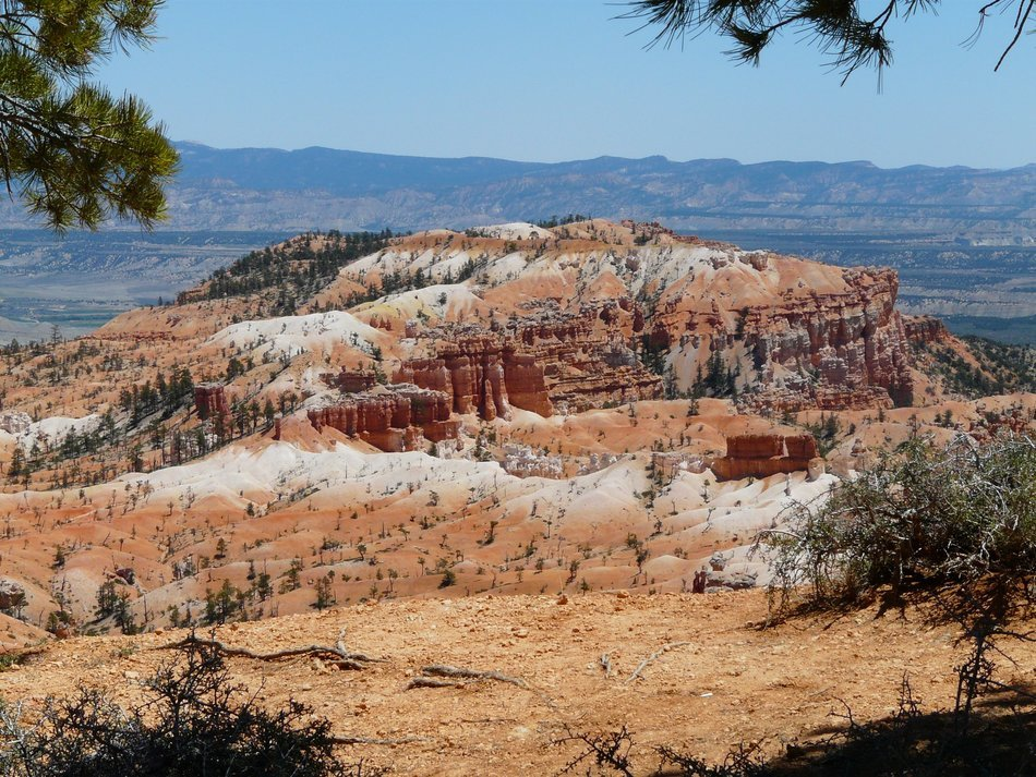 pyramid of sand in Bryce Canyon