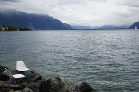Lake Geneva to Switzerland