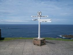 Picture of land s end marker