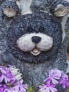 garden decoration bear face