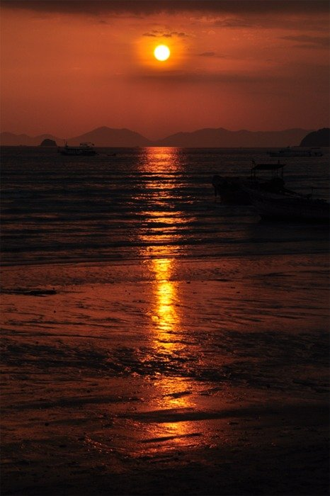 golden sunset reflection on sea surface