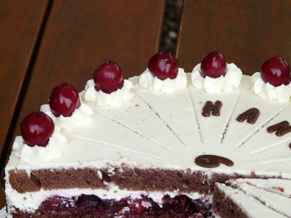 cake black forest on the table