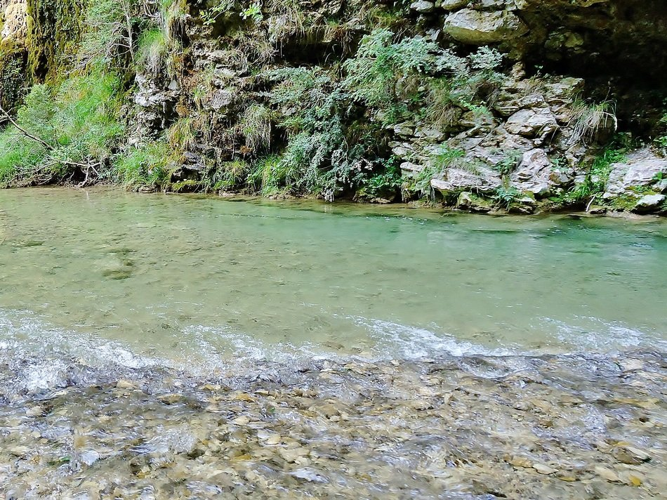 turquoise water in the river in the gorge