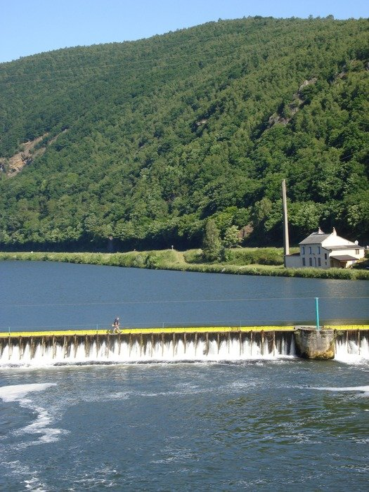 photo of a dam on a river in France