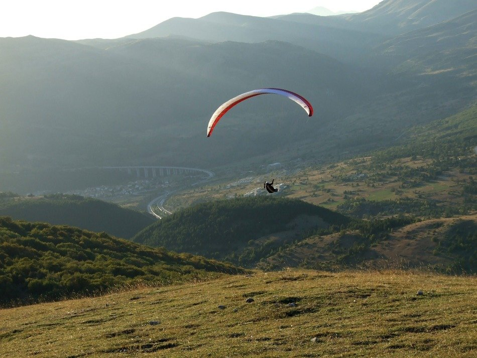 Paragliding is an extreme sport